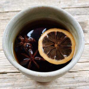 Ricetta tè caldo speziato